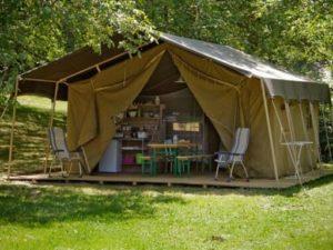 Safaritent op de camping